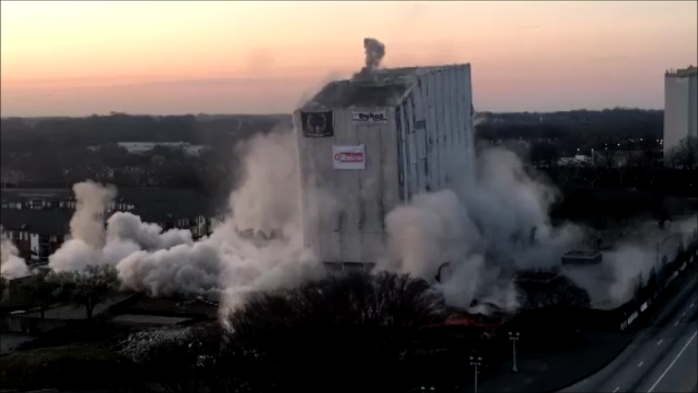 Photo of Archives building collapse during implosion